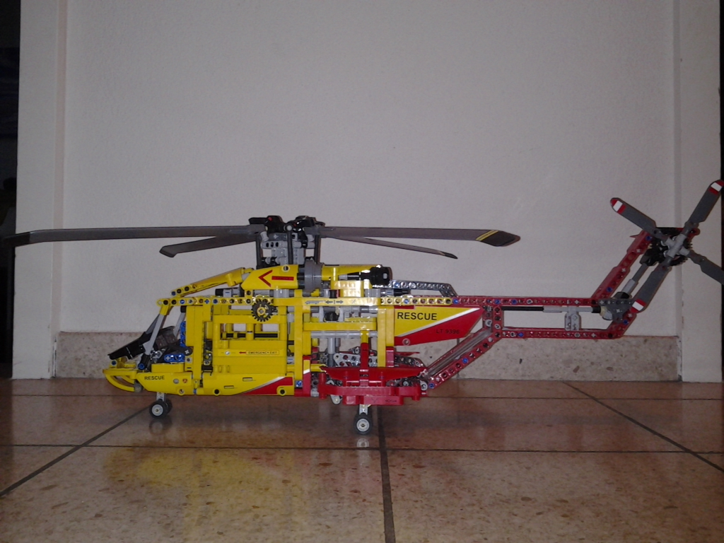 lego technic helicopter by luca family matters switzerland. Black Bedroom Furniture Sets. Home Design Ideas
