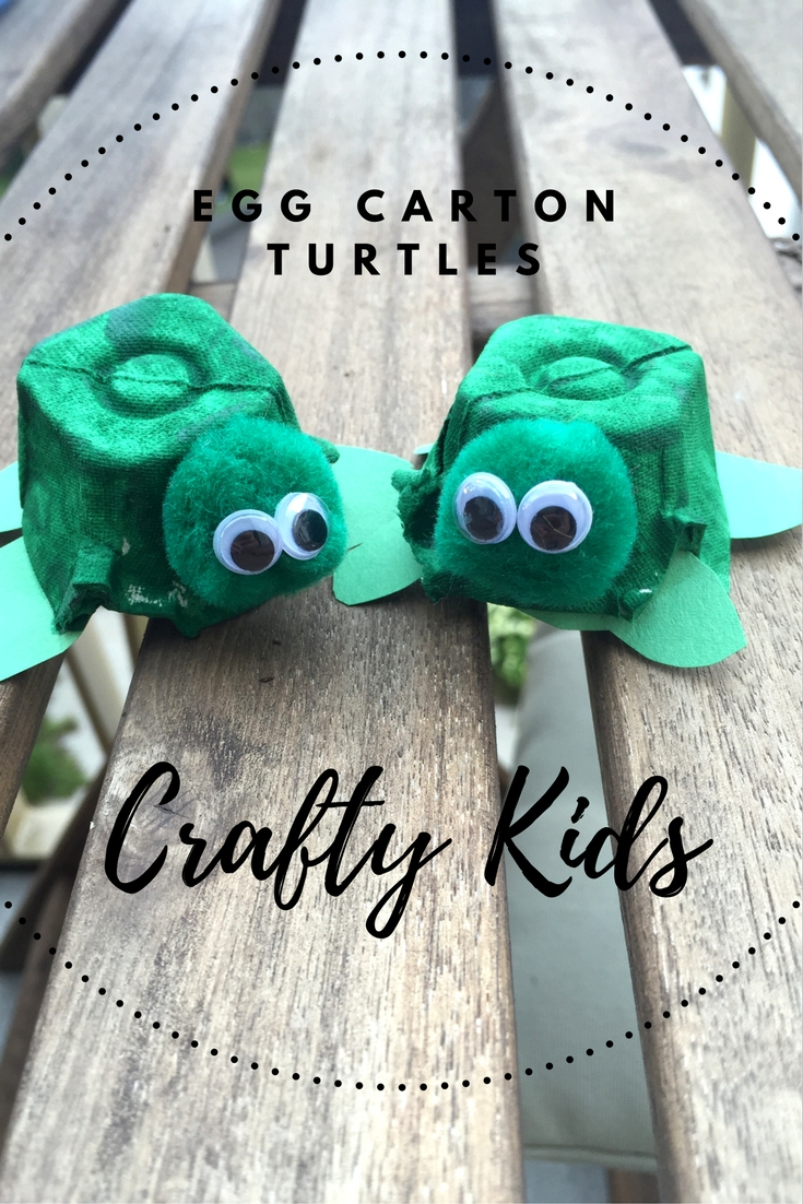 Egg Carton Turtles: A fun summer craft for kids and a great way to upcycle used egg cartons.